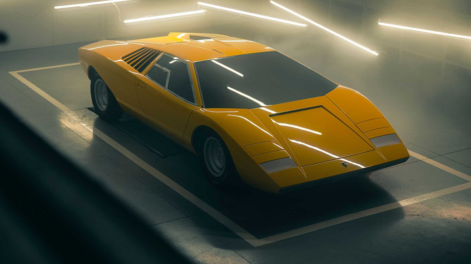 1971 Lamborghini Countach LP 500 Reconstruction Debuts After 25,000 Hours Of Work